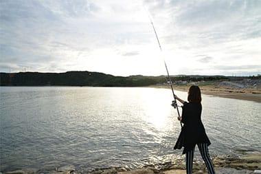 釣りに近くの海岸へ。福地川海浜公園やサンライズひがしも近く